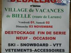 photo de Depot Vente Deballage SKI SNOW Vetements Accessoires VTT
